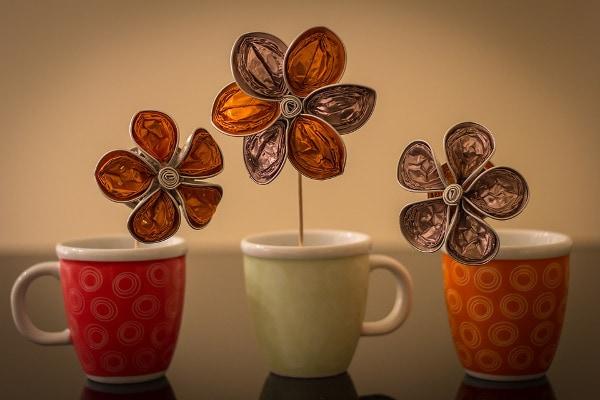 nieodpowiedni smak oraz wygląd kaw oraz herbat przygotowanych na bazie twardej wody